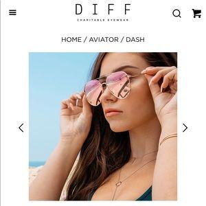 Diff Eyewear Accessories - DIFF Dash Sunglasses